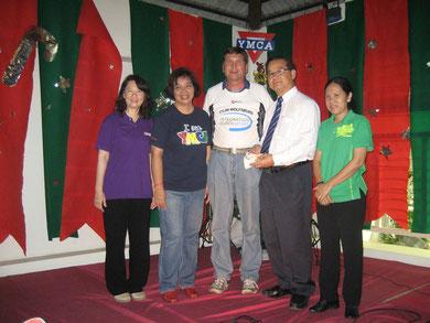 Von links: Patchanin Aviphan, Churarat Phongtadsirikul, Manfred Wille, Rachan Maneekan und Phanom Yoodu