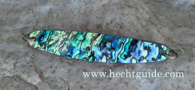 Perlmuttspange aus einer Abalone Shell