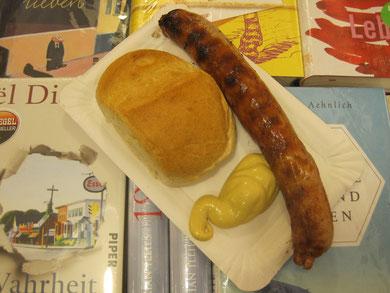 Bestseller: leckere Thüringer Bratwurst vom Leipziger Weihnachtsmarkt
