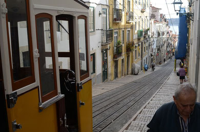 Lissabon, Elevador da Bica (Reise 10, Sept.) - Alle Fotos dieser Seite: Th.B.