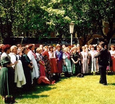 "Folkloreauftritt bei ""Schubert in Wien"" 1997"
