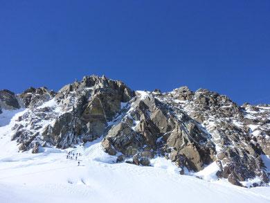 Dufourspitze, Silbersattel, Skidepot
