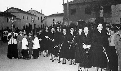 Damas de la Piedad en el Pozo-Hondo.