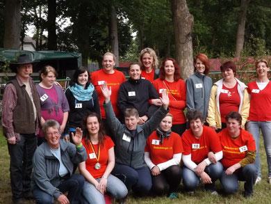 Gruppenbild Frauentonnenabschlagen 2013 Barth