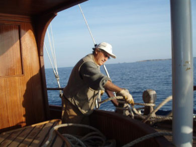 "Fixing the mooring of ""FEDERICA"""
