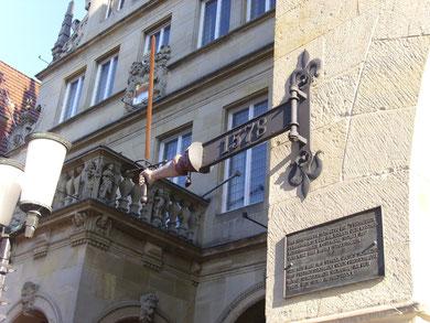 Sendschwert am Münsteraner Rathaus   WK