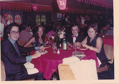 Angela, Beppe ed amici in crociera/cruise