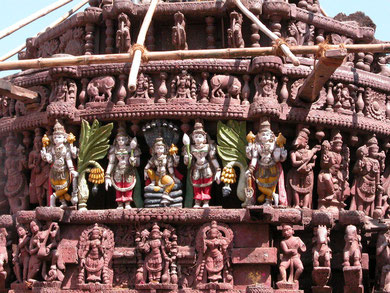Hindu Gods_On an ancinet temple
