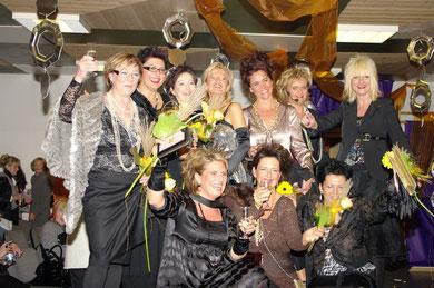 """""""MAMA MIA"""" 08.November.2008 Modenschau mit den Tennisdamen von SV Weiherhof"""