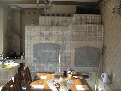 фото барбекю комплекса Многофункциональный печной комплекс в гостевом доме: мангал, каминная вставка, вертел,