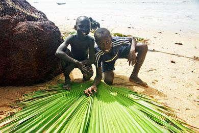 Am Strand bei Saly im Senegal