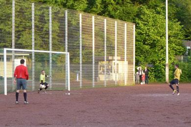 Foulelfmeter in der Nachspielzeit (Foto: mal).