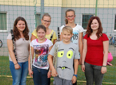 v.l: Sabrina Furthner, Sarah Biereder, Johanna Koller, Salomon Wimmeder, Julia Endmayer und Magdalena Labmayer. Es fehlt auf dem Foto: Sarah Wimmeder!