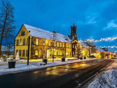 Das Rathaus Teuschnitz im Winter 2020.