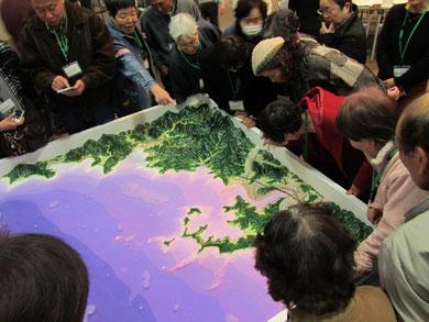 ▲須崎市周辺の津波模型