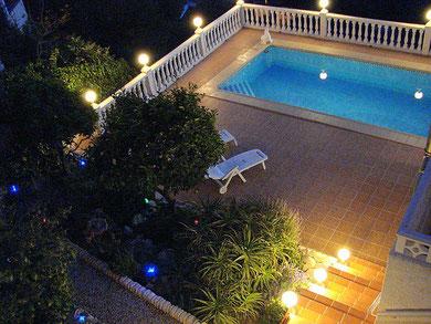 Blick auf den Pool der Villa Gandia Hills