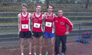 erfolgreiche Männermannschaft:v.l. Nils Schäfer, Sven Sidenstein, Tim Sidenstein und Trainer Egon Bröcher