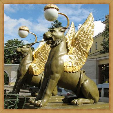 Грифоны-мифологические крылатые чудовища.