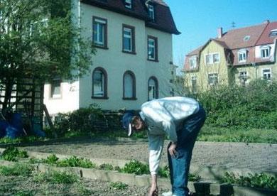 Dieter muß alles alleine machen im (Sommer 2007) (C) by Dieter