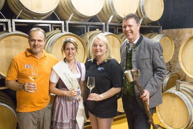 Foto im Weinkeller bei Harry Zechn