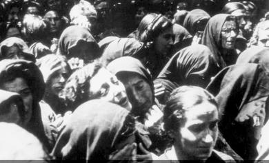 Jødiske kvinder  før deres deportation til kz-lejrene