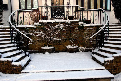Balustrade and snow