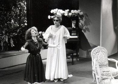 Passionnément de A. Messager, rôle d'Hélène le Barroy Opéra d'Angers 1985