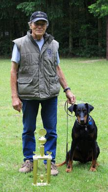 Der Landesmeister FH - Helmut Ziemann mit Lexa vom Binselberg