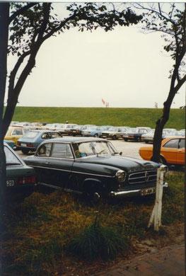 Borgward Isabella auf einem Parkplatz in Cuxhaven Döse
