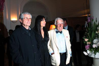 Charles GERARD, Helena NOGUERRA  et Claude LELOUCH - Festival de Cannes 2011 © Anik COUBLE