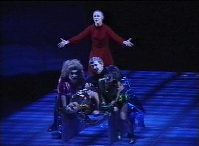 Image fixe de la vidéo « Los Heraldos » 1994