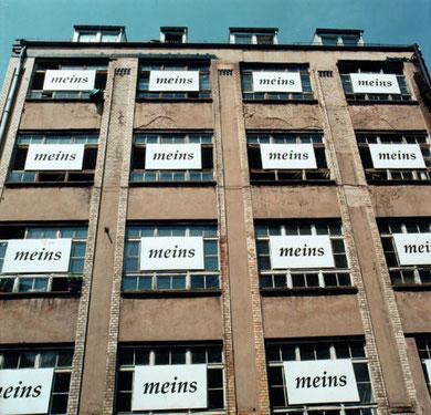 inefficiency and overpoliteness, atelierhaus apparat, berlin 1995, copyright chantal labinski