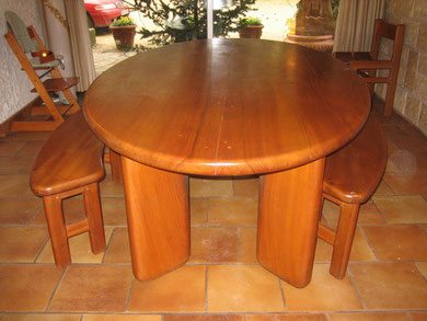 TABLE ELIPSE PROFILEE
