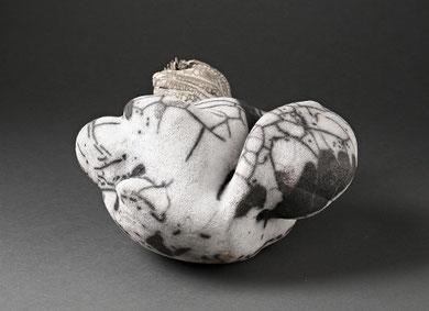 MUTANT, raku nu, 30 x 25 cm, 2014