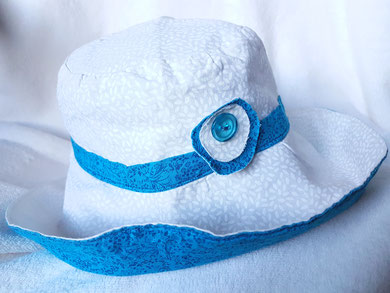 chapeau réversible issu du magazine coudre c'est facile