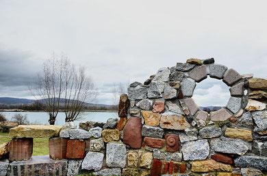 Ruine am See