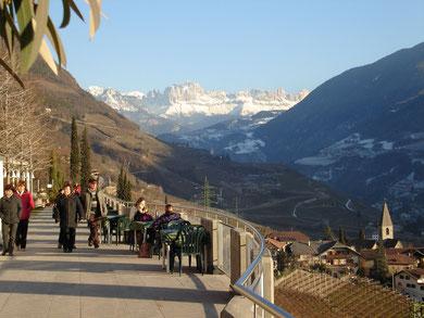 Den Winter genießen: Promenade bei Bozen