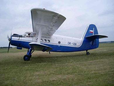 AN2 OK-UIA-2