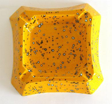 Cendrier émaillé jaune moucheté