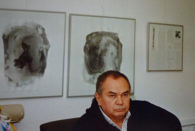 Ende der 80er Jahre vor Tuschearbeiten im Atelier in Düsseldorf
