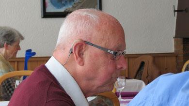 Sonntag: Beim Mittagessen in der Traube