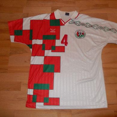 Geschenk der Schweizer Nationalmannschaft - vom Auswärtsspiel in Muscat, Oman - Februar 1999