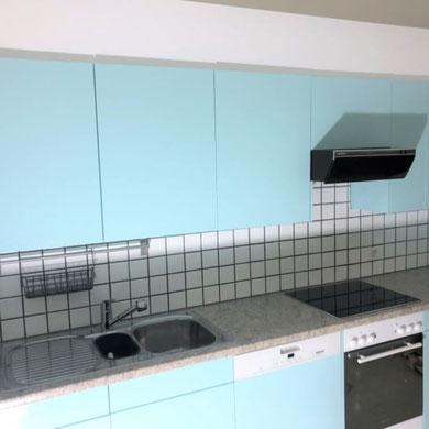 Küchensanierung in Basel in hellblau