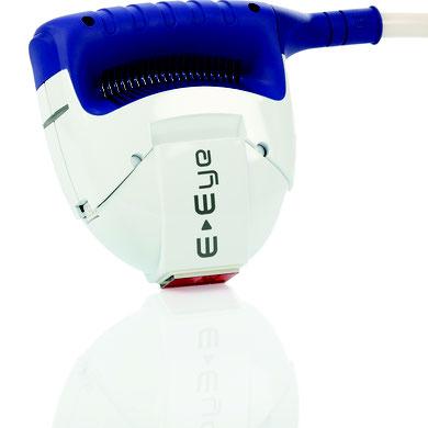 E-Eye Apparat (gibt gepulstes Licht ab)