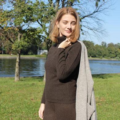Свитер женский коричневый шерсть яка