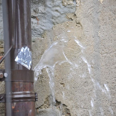Wasserfontäne inzwischen beseitigt