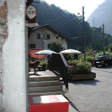 Eingang Adler mit Gartenwirtschaft