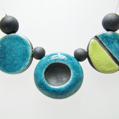 bijou contemporain en raku