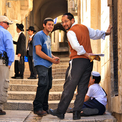 Locals in the streets of the Old City in Jerusalem, Israel © Sabrina Iovino | JustOneWayTicket.com