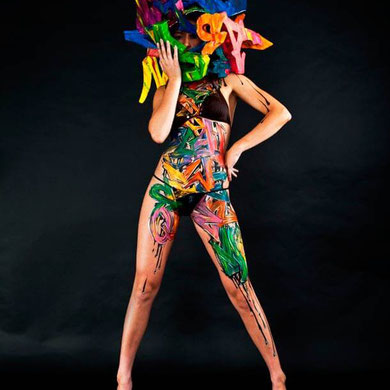 Mr-shiz-body-painting-graffiti-bikini1.jpg
